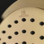Los acabados dorados revolucionan la decoración de baños
