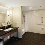 Crowne Plaza Hotel_Noken_bathroom design
