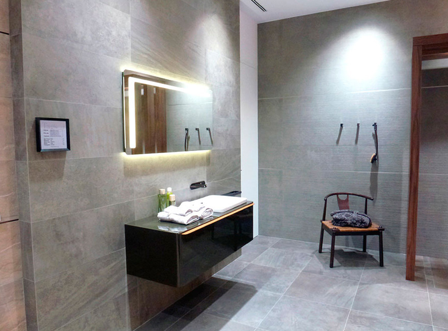 Cersaie 2015 noken seduce en bolonia con el dise o de for Porcelanosa catalogue carrelage