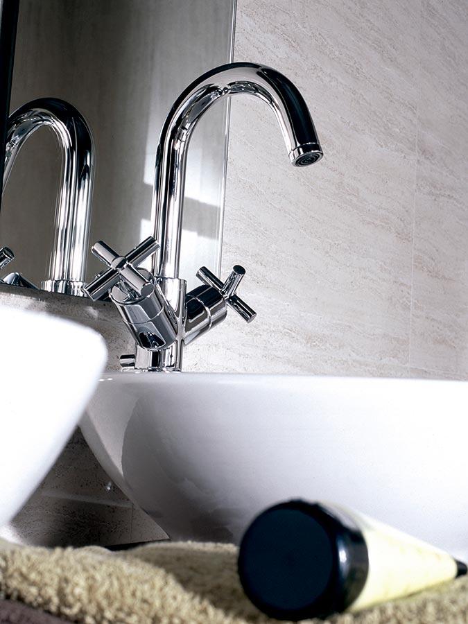 Noken In Hilton Hotels Bathroom Equipment Porcelanosa Banos