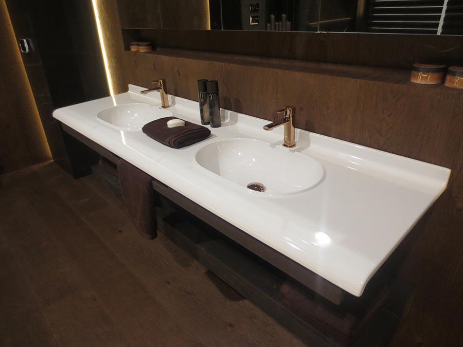 xxiiie salon du groupe porcelanosa un parfum de luxe et. Black Bedroom Furniture Sets. Home Design Ideas