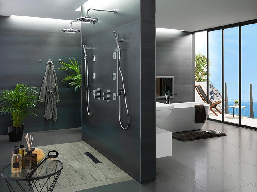 Ba o y dormitorio estancias fusionadas en un mismo ambiente for Cuartos de bano porcelanosa