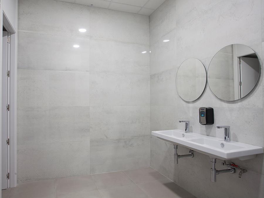 les salles de bain de l estadio de la cer mica le. Black Bedroom Furniture Sets. Home Design Ideas