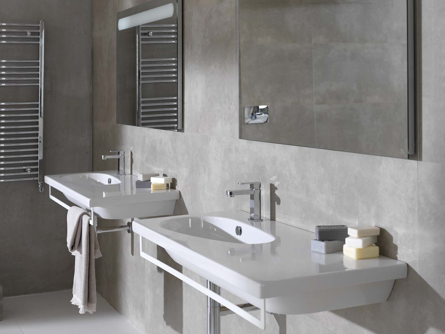 Hotels Noken Porcelanosa Bathrooms